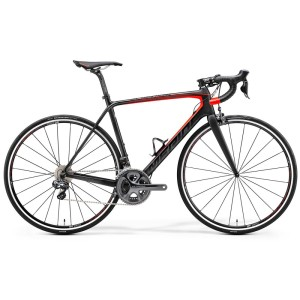 Merida Scultura 7000 black and red highlight